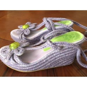 LE CRABE ROUGE Lilac Wedge sandals Size6 1/2/37$30